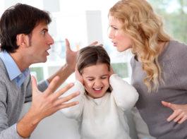 裁判離婚 養育費 慰謝料